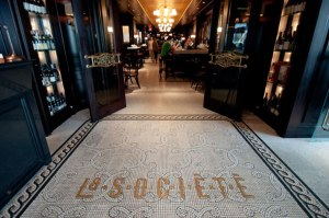 2012823-lasociete-ext