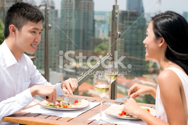 stock-photo-25654202-urban-lunch